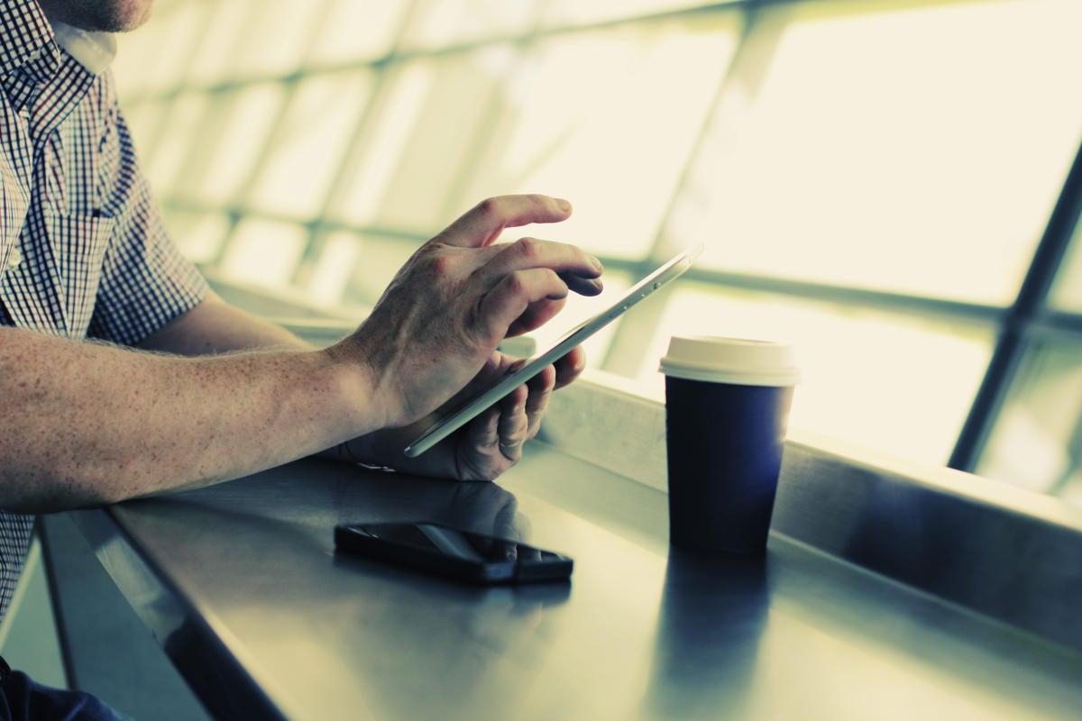 thinkstockphotos airport wifi