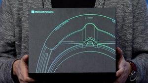 160330 microsoft hololens 1