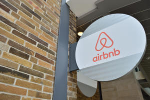 airbnb stock logo office