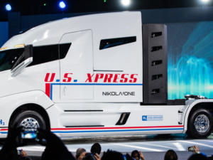 nikola one hydrogen fuel cell truck