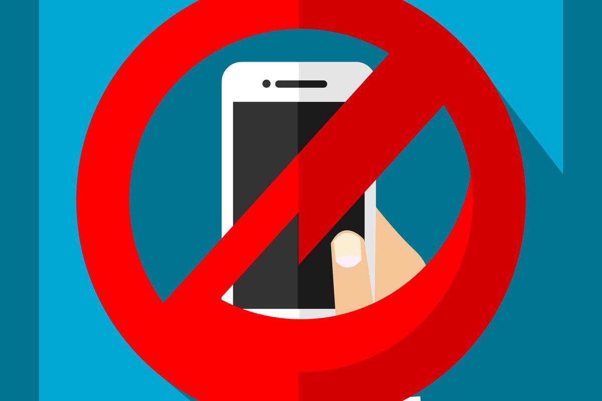 no smartphones